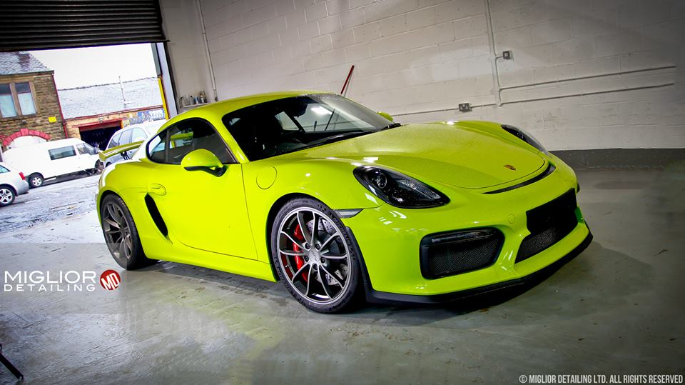 Acid green porsche cayman gt4 gets full detailing the images are amazing autoevolution