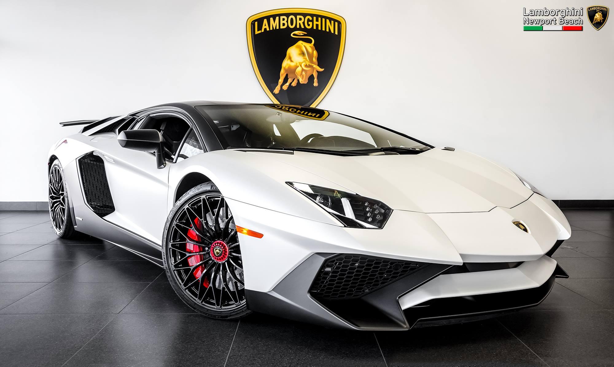 Quot Ad Personam Quot Lamborghini Aventador Sv Has Matte Carbon