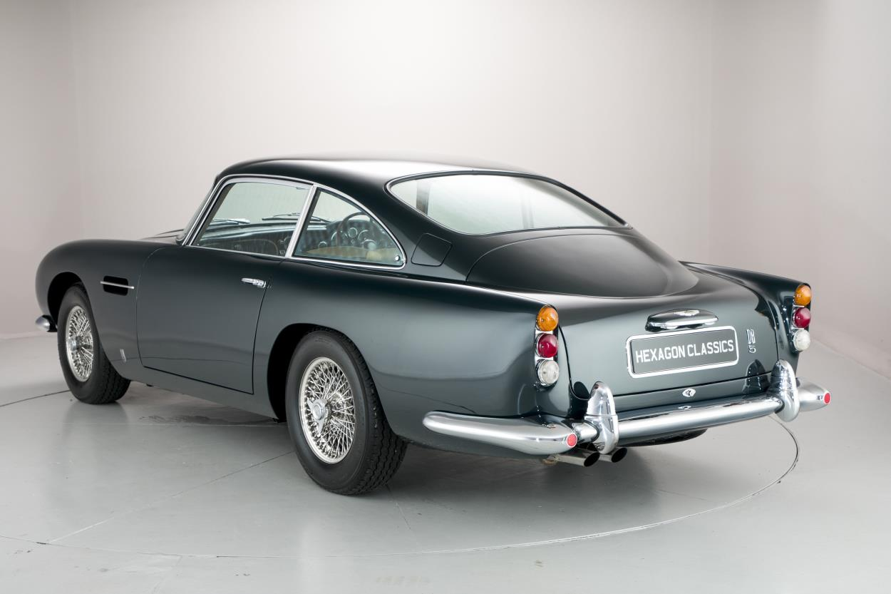 aga khan s aston martin db5 can be yours for a cool 1 million autoevolution. Black Bedroom Furniture Sets. Home Design Ideas