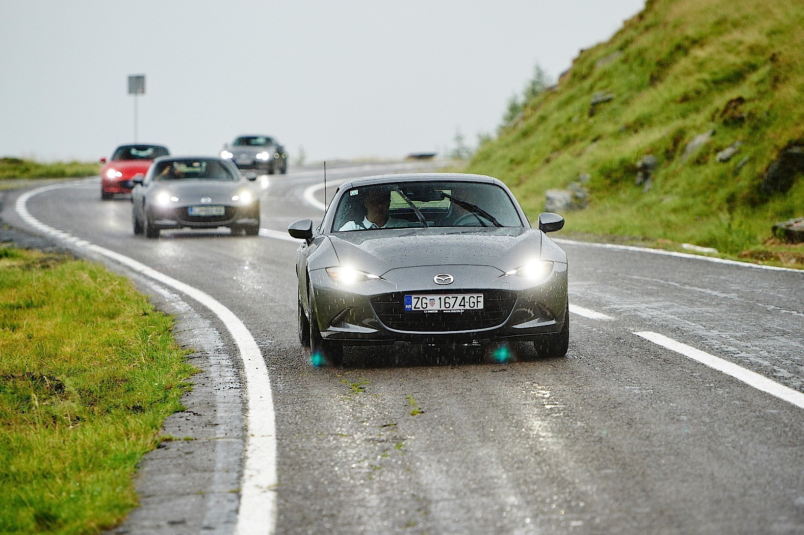 Age of Enlightenment With a Mazda MX-5 RF on The Transfagarasan ...