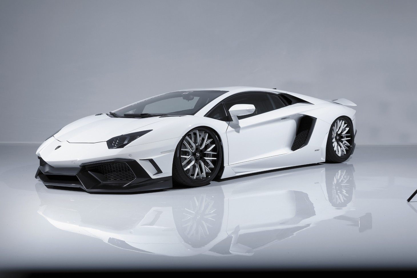 Aimgain Gt Lamborghini Aventador Is From Japan Autoevolution