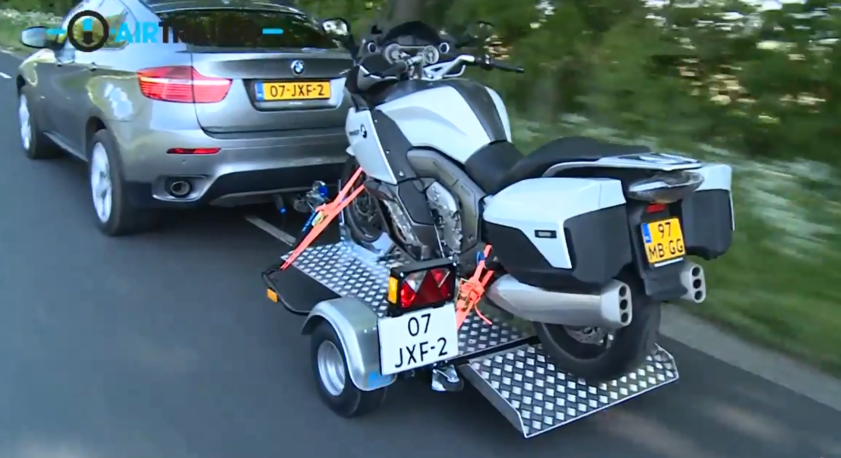 Airtrailer The Foolproof Motorcycle Trailer Autoevolution