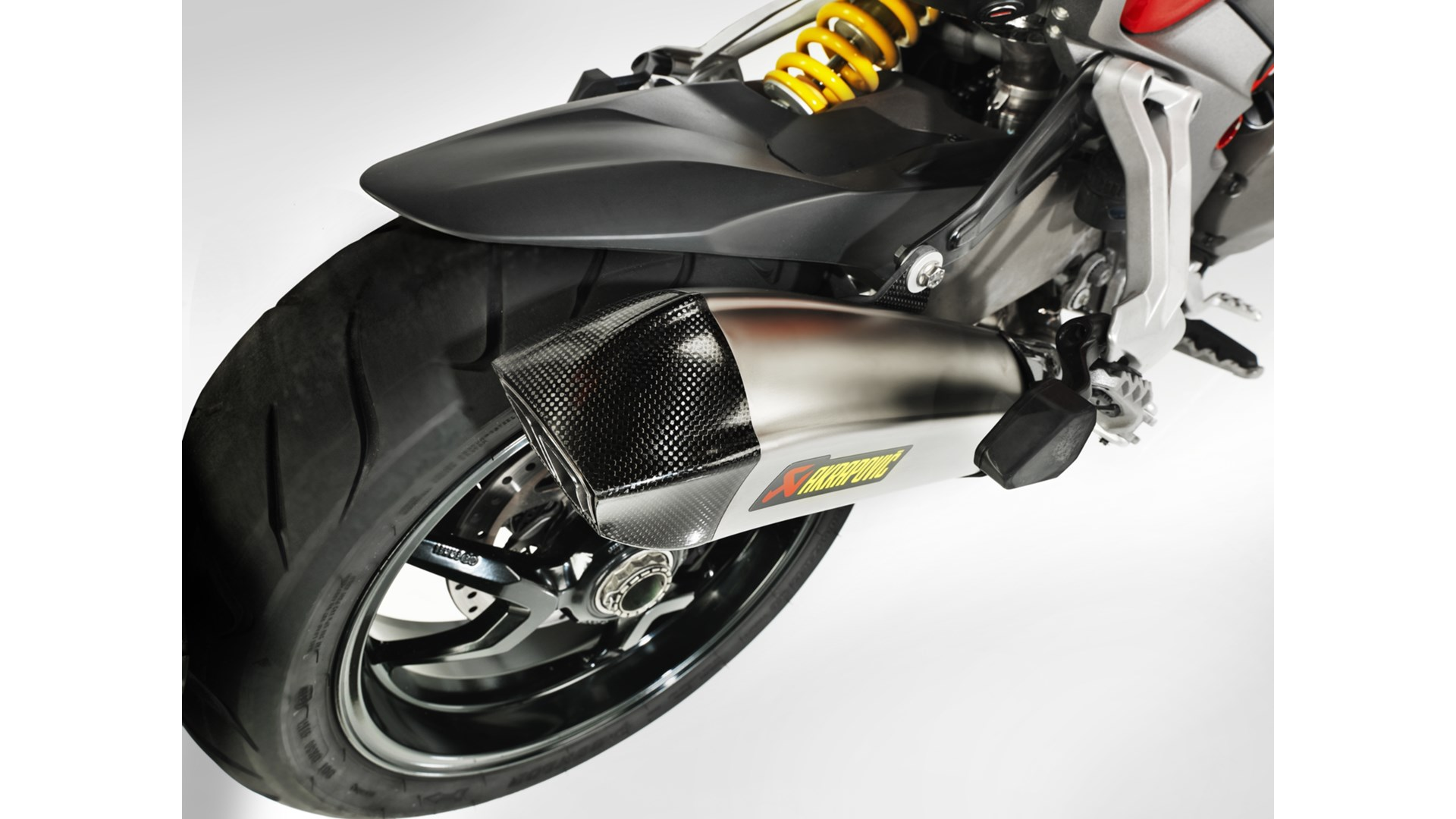 https://s1.cdn.autoevolution.com/images/news/gallery/akrapovic-revolutionary-exhaust-now-available-in-titanium-for-the-ducati-multistrada-1200_3.jpg
