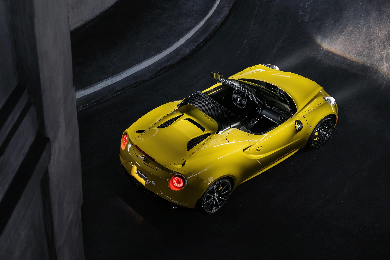 Alfa 4c 2019 >> Rumor: Alfa Romeo 4C Spider to Go Out of Production in 2017 - autoevolution