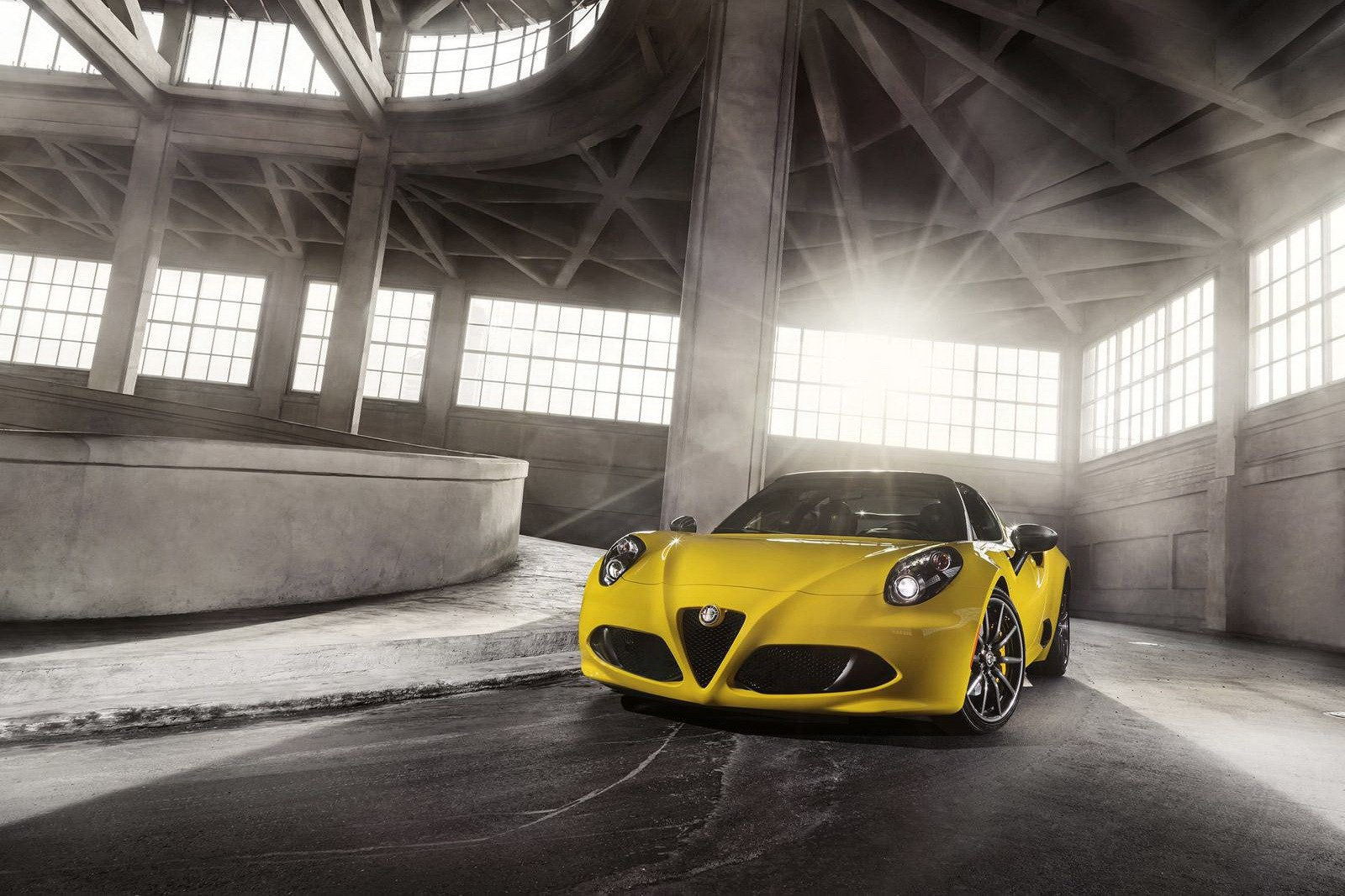Alfa Romeo 4C Spider Makes Online Debut in Giallo Yellow ...