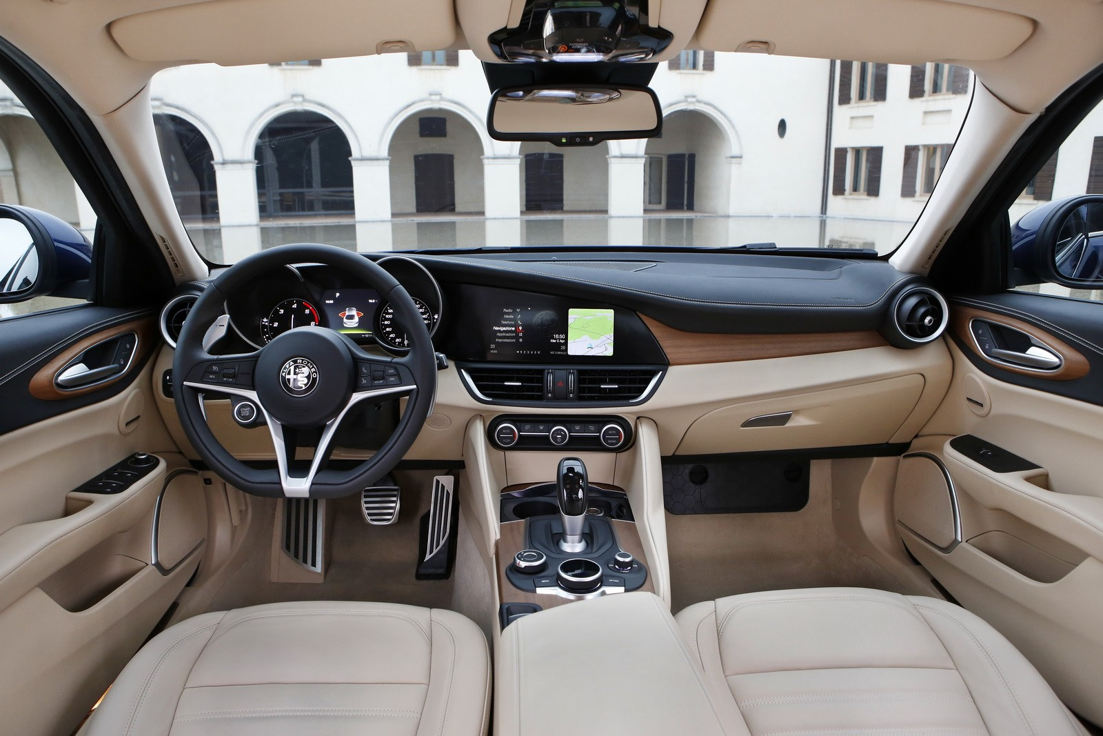 Alfa Romeo Giulia Price Starts At 35 500 Giulia Quadrifoglio Is