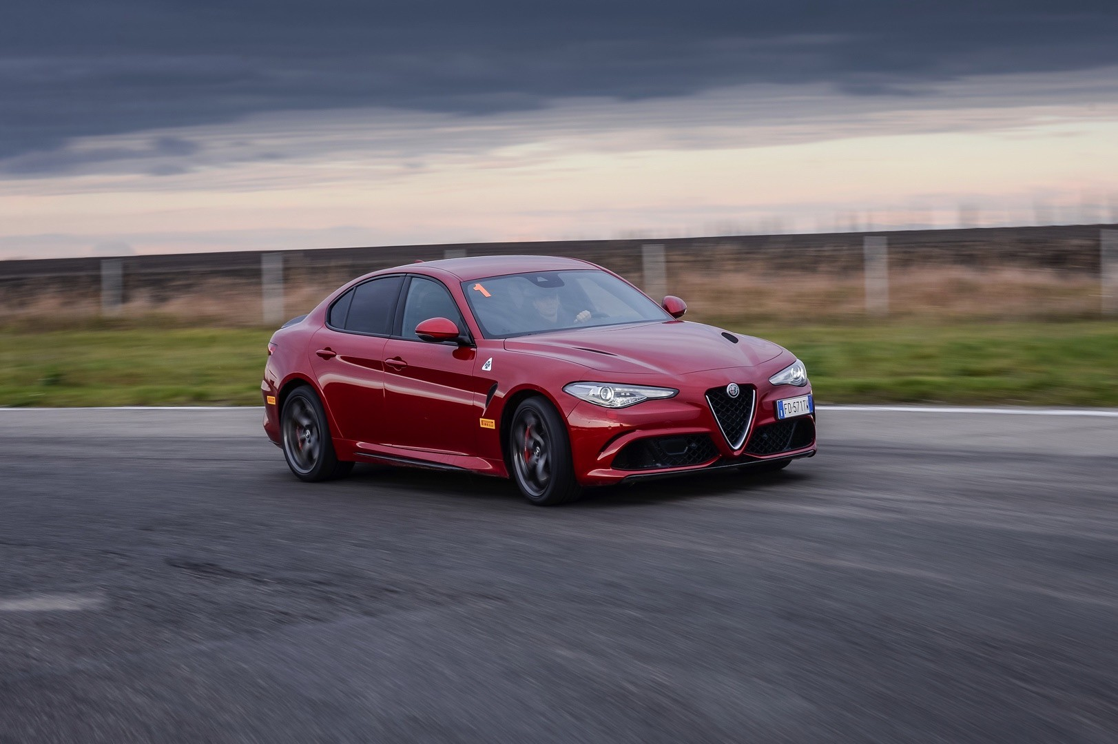 alfa romeo giulia quadrifoglio crashes right next to cassino plant