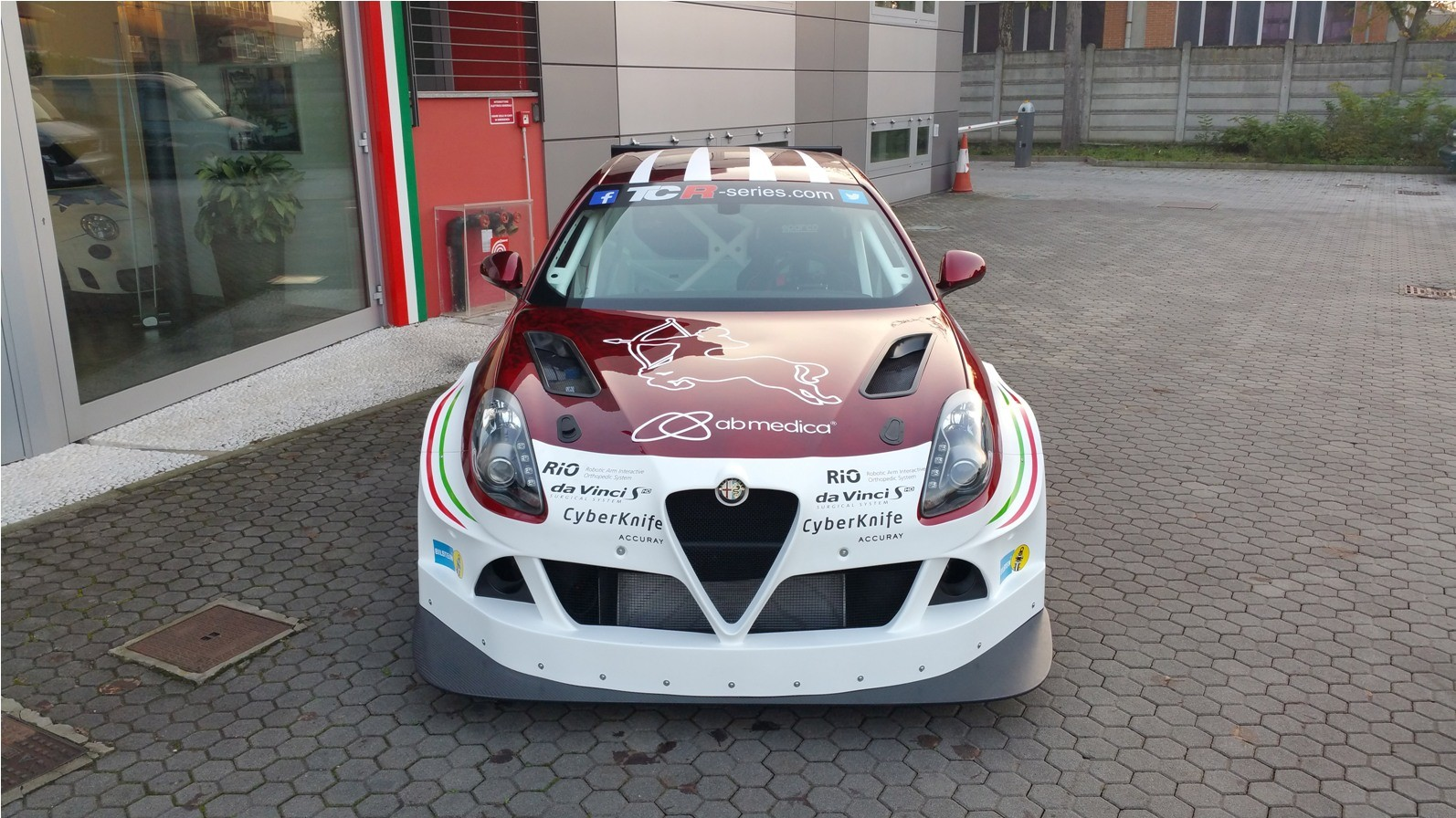 Alfa Romeo Giulietta Tcr By Romeo Ferraris Will Race In The 2016 Tcr International Series 102031 on alfa stelvio new york debut