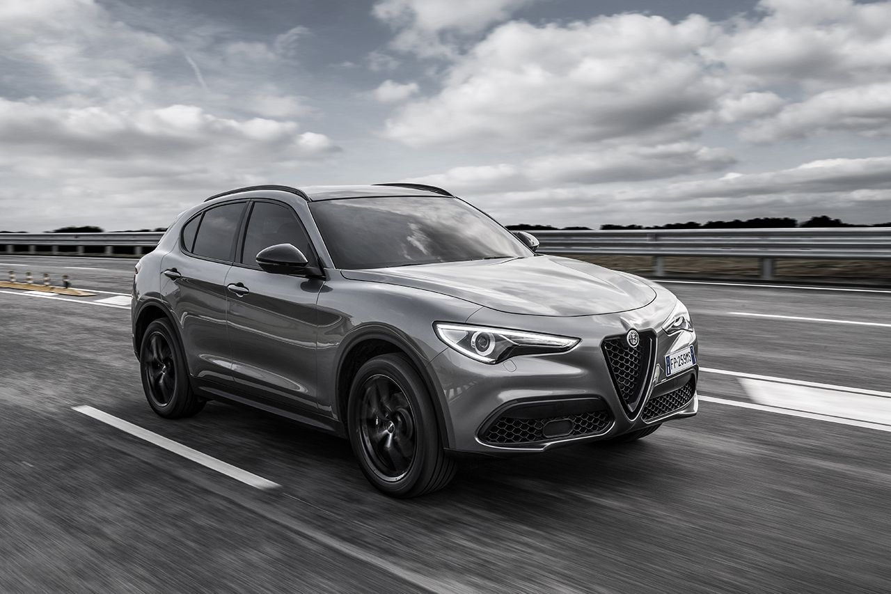 Alfa Romeo Giulia Sedan Suffers Further Delays Suv Coming In 2017