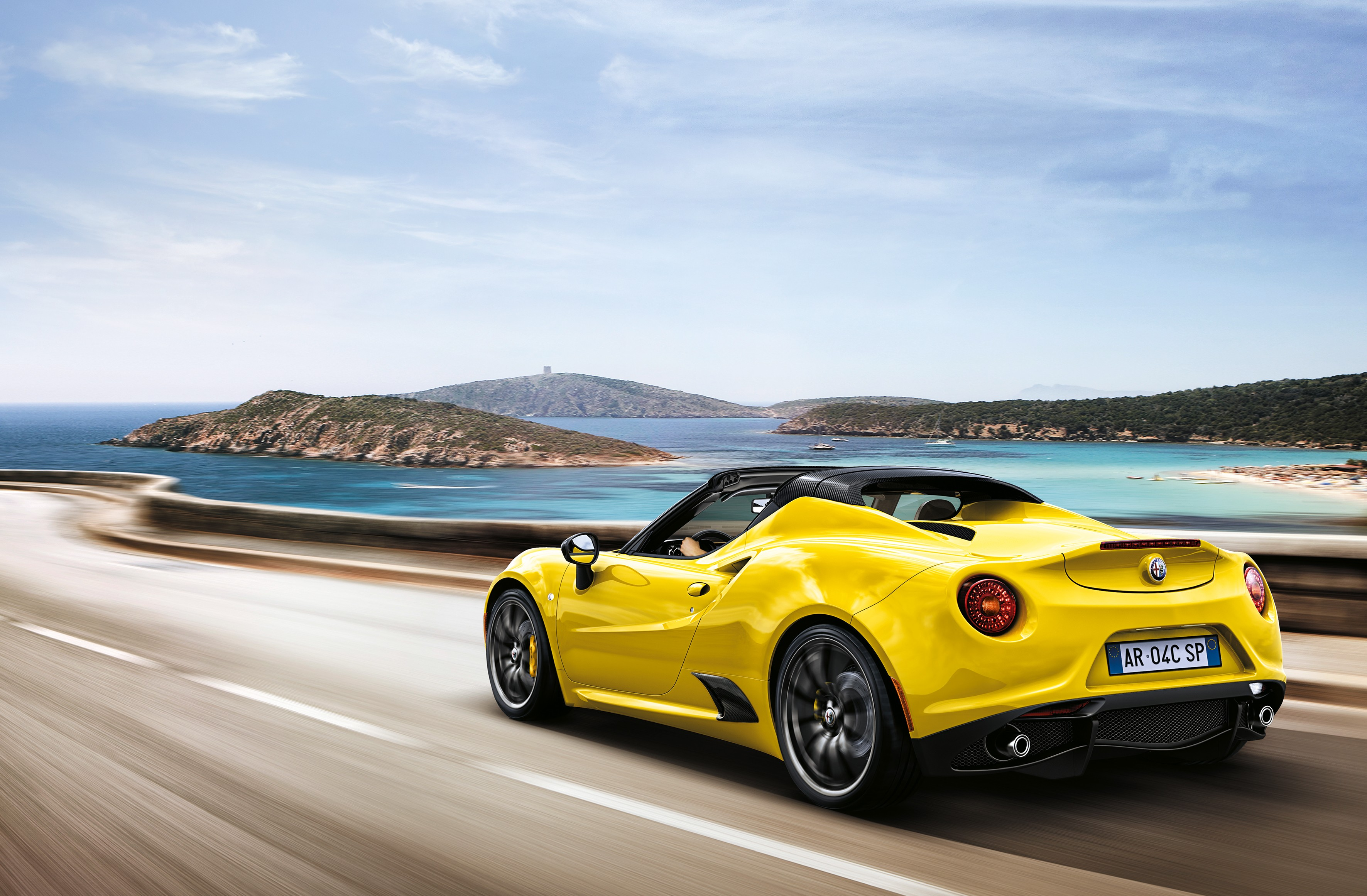 live photos alfa romeo releases stunning 4c spider in. Black Bedroom Furniture Sets. Home Design Ideas