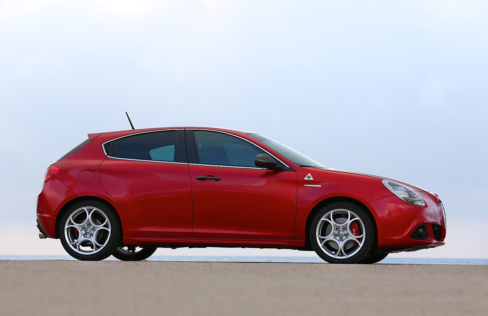 "Alfa Romeo to Rebadge Mito and Giulietta QV as ""Veloce ..."