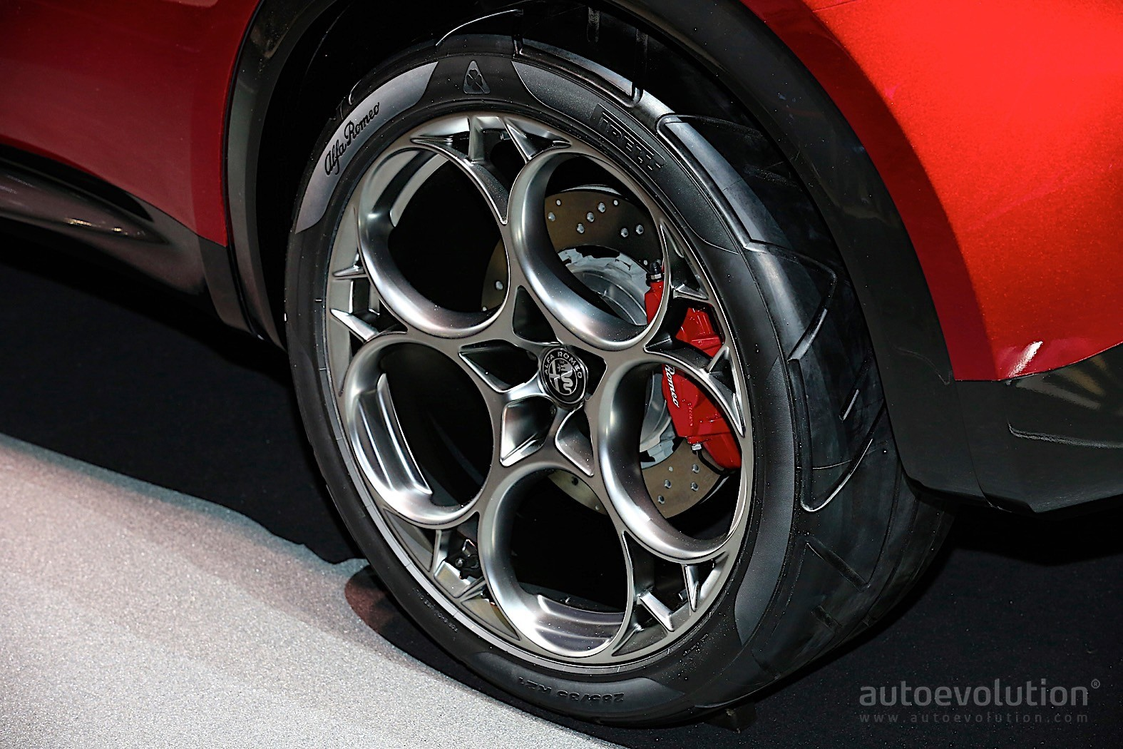 Alfa Romeo Tonale Plug In Hybrid Is All Talk And No Action