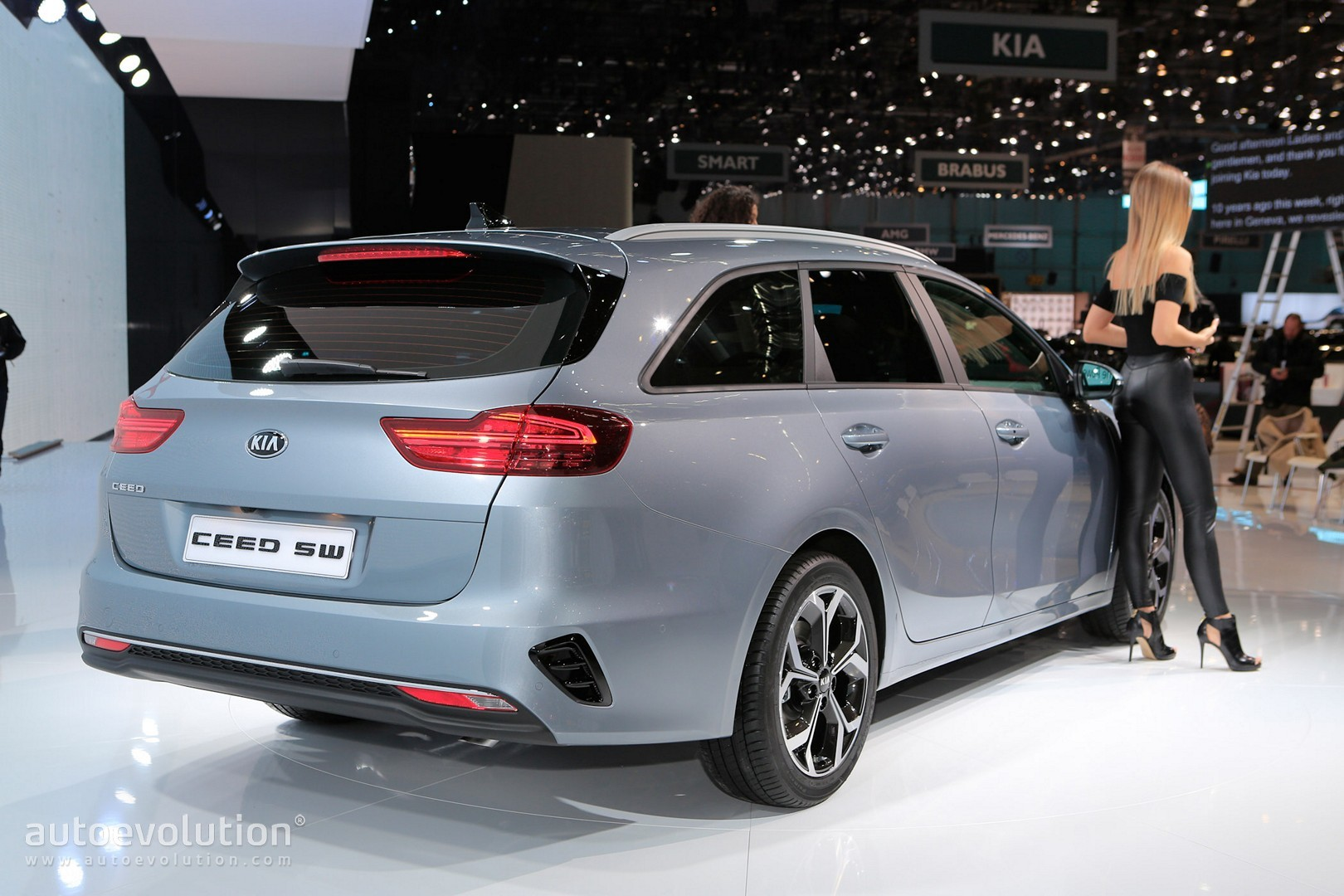 all new 2019 kia ceed wagon joins hatchback in geneva autoevolution. Black Bedroom Furniture Sets. Home Design Ideas