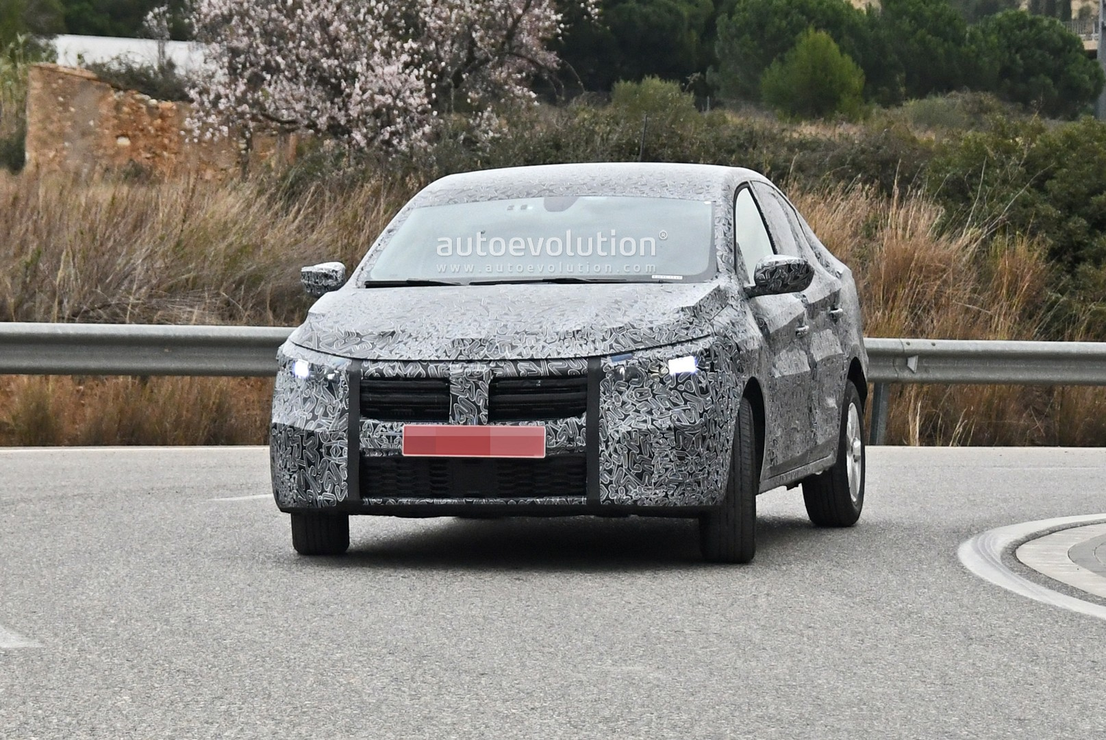 all-new-2021-dacia-logan-spied-with-led-lights-coupe-roof_1