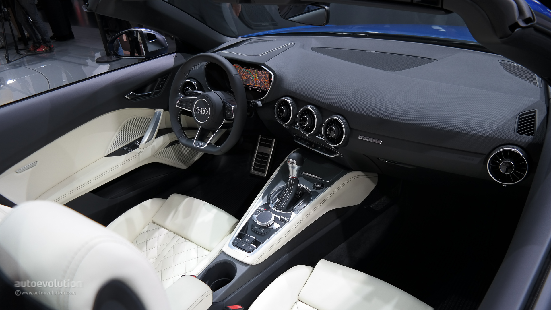 All-New Audi TT and TTS Roadster Mark World Premiere in Paris [Live Photos] - autoevolution