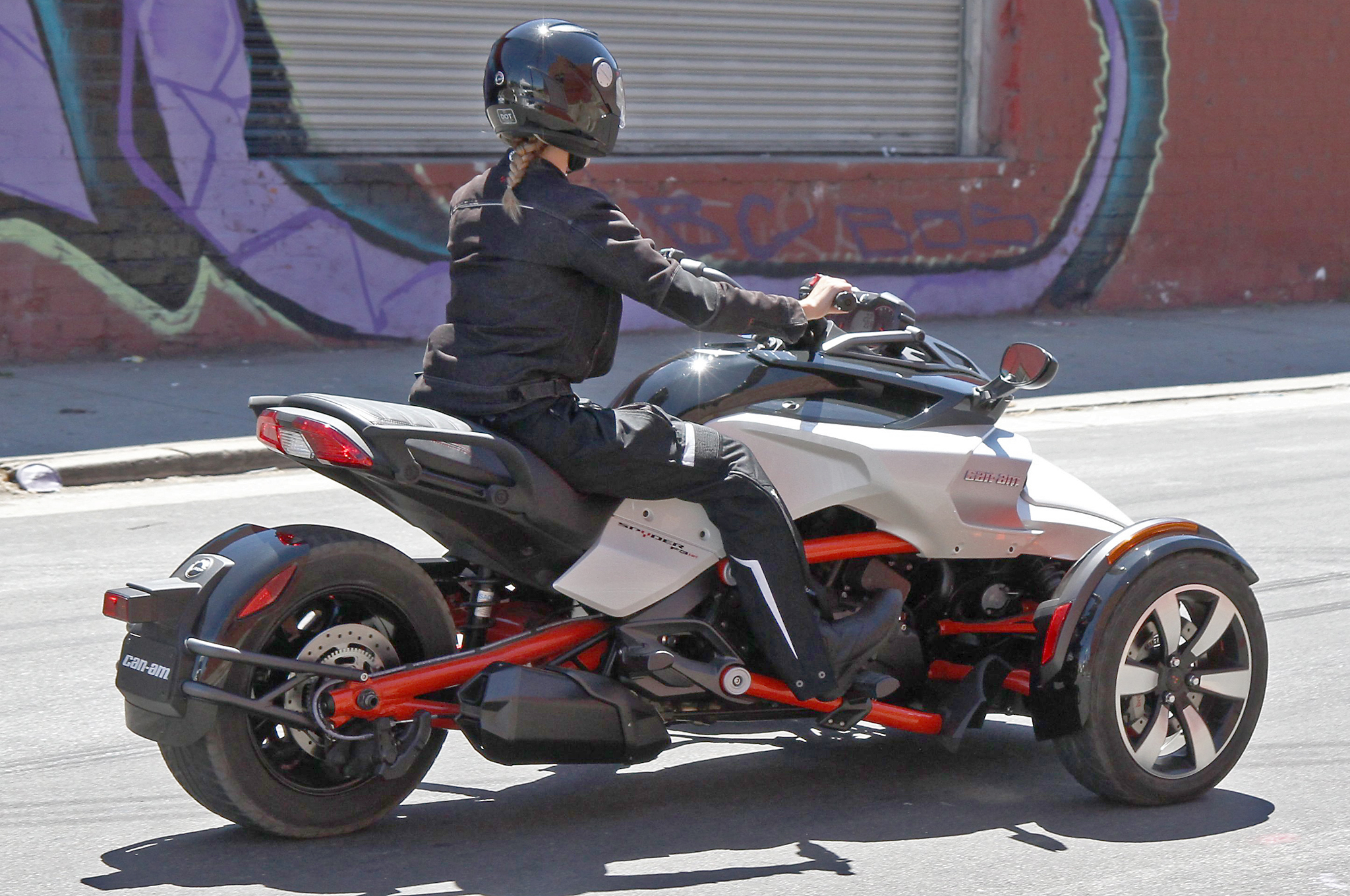 Ford Focus Tires >> All-New Can-Am Spyder F3 EFI Spotted with No Camouflage - autoevolution