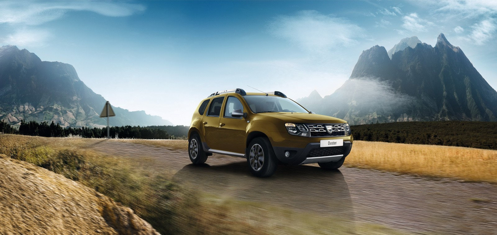 all new dacia duster caught in first spyshots frankfurt. Black Bedroom Furniture Sets. Home Design Ideas