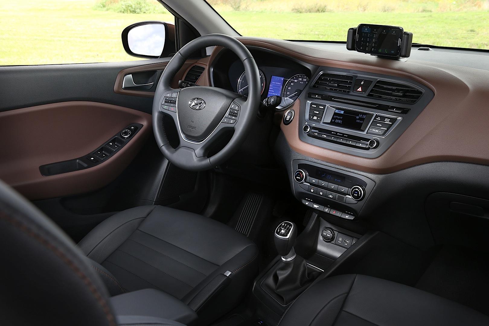 All New Hyundai I20 Interior Detailed Autoevolution