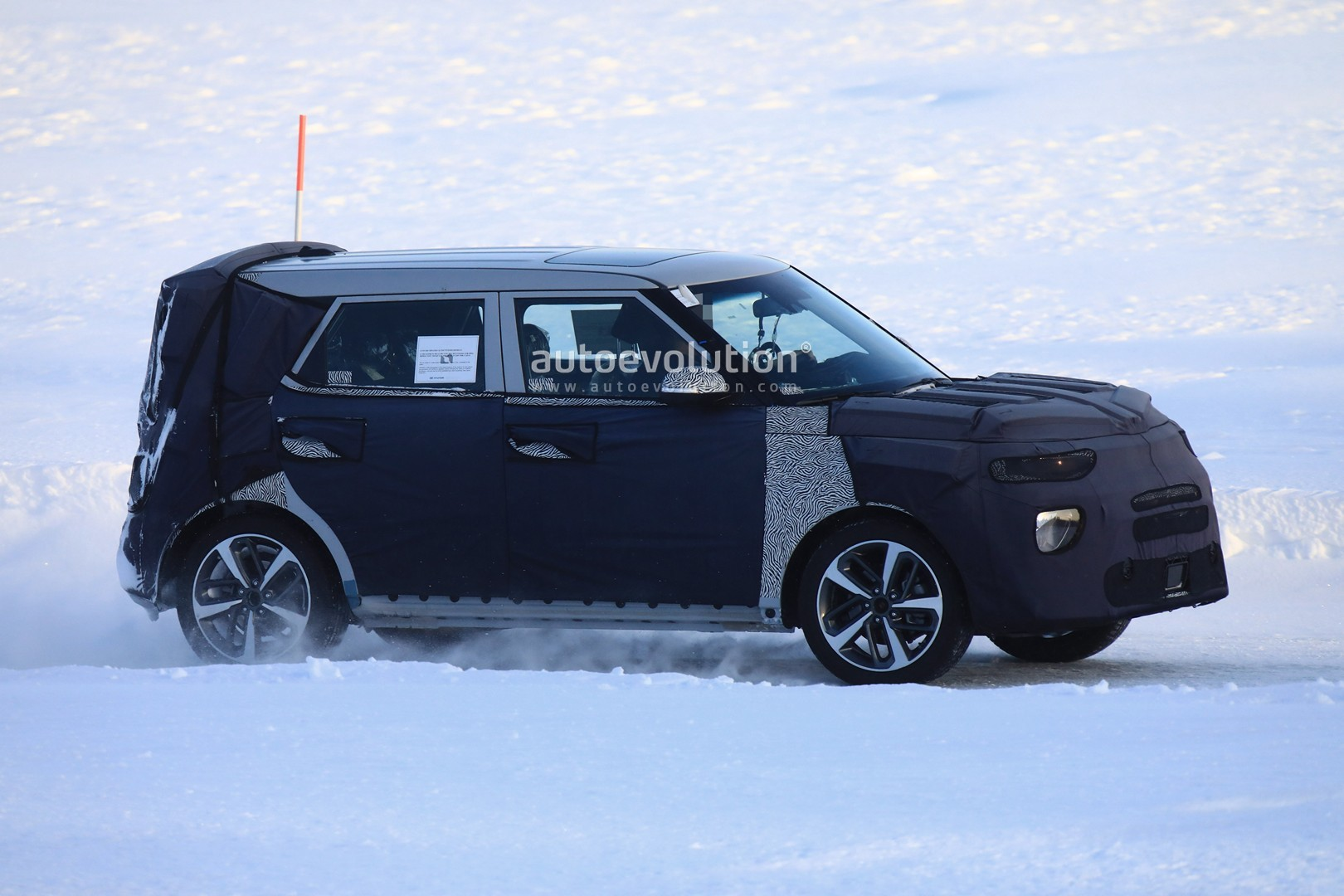 ... All New Kia Soul Makes Spyshots Debut, Should Have AWD