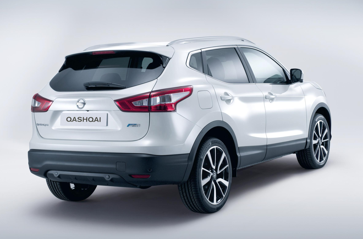 all new nissan qashqai uk prices and specs announced autoevolution. Black Bedroom Furniture Sets. Home Design Ideas