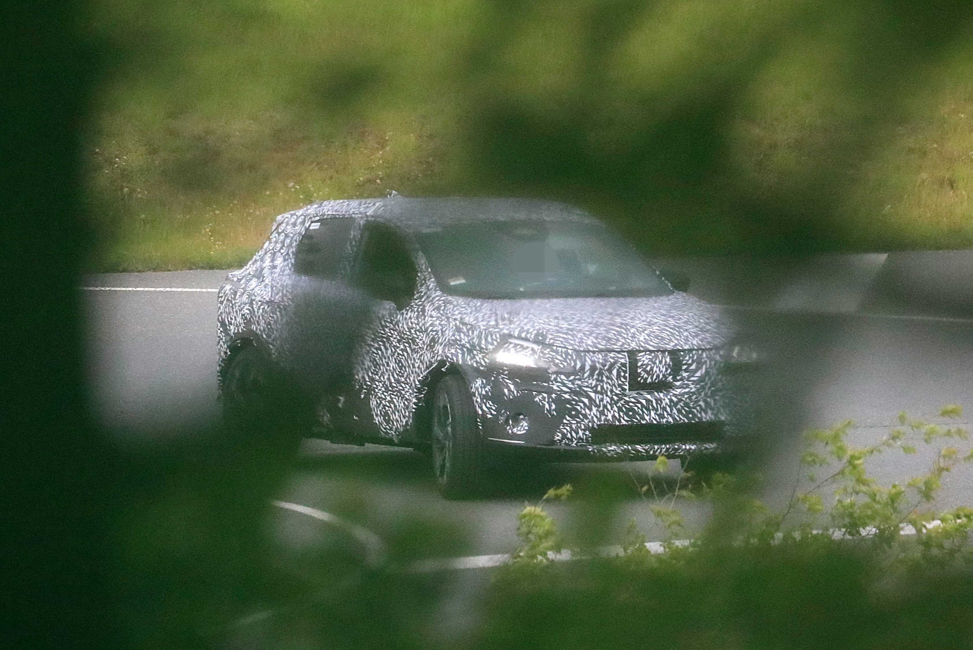 All New Nissan Rogue Sport Spied In Europe Hiding As The 2021 Nissan Qashqai Autoevolution