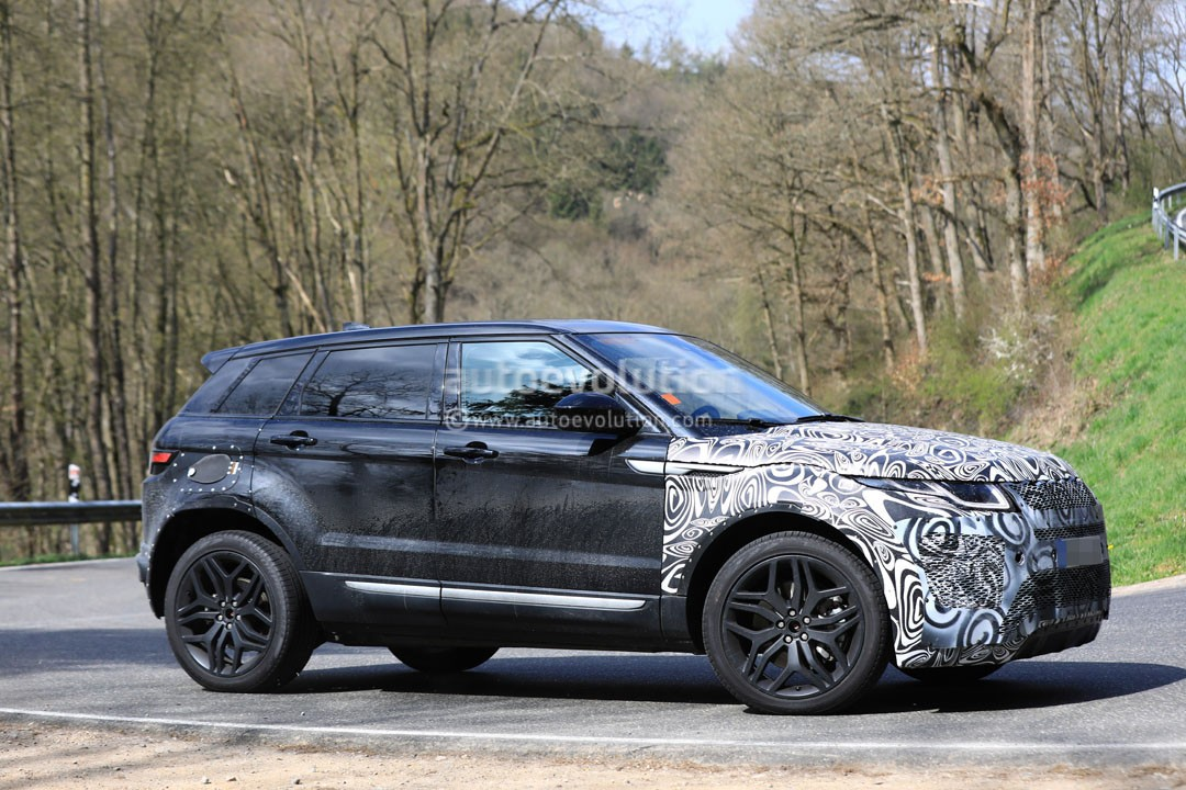 all new range rover evoque mule spied inside and out. Black Bedroom Furniture Sets. Home Design Ideas