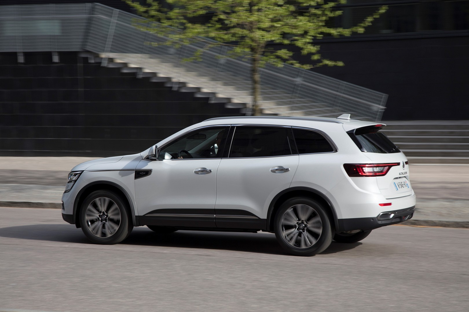 second generation renault koleos confirmed slated to debut in 2016 autoevolution