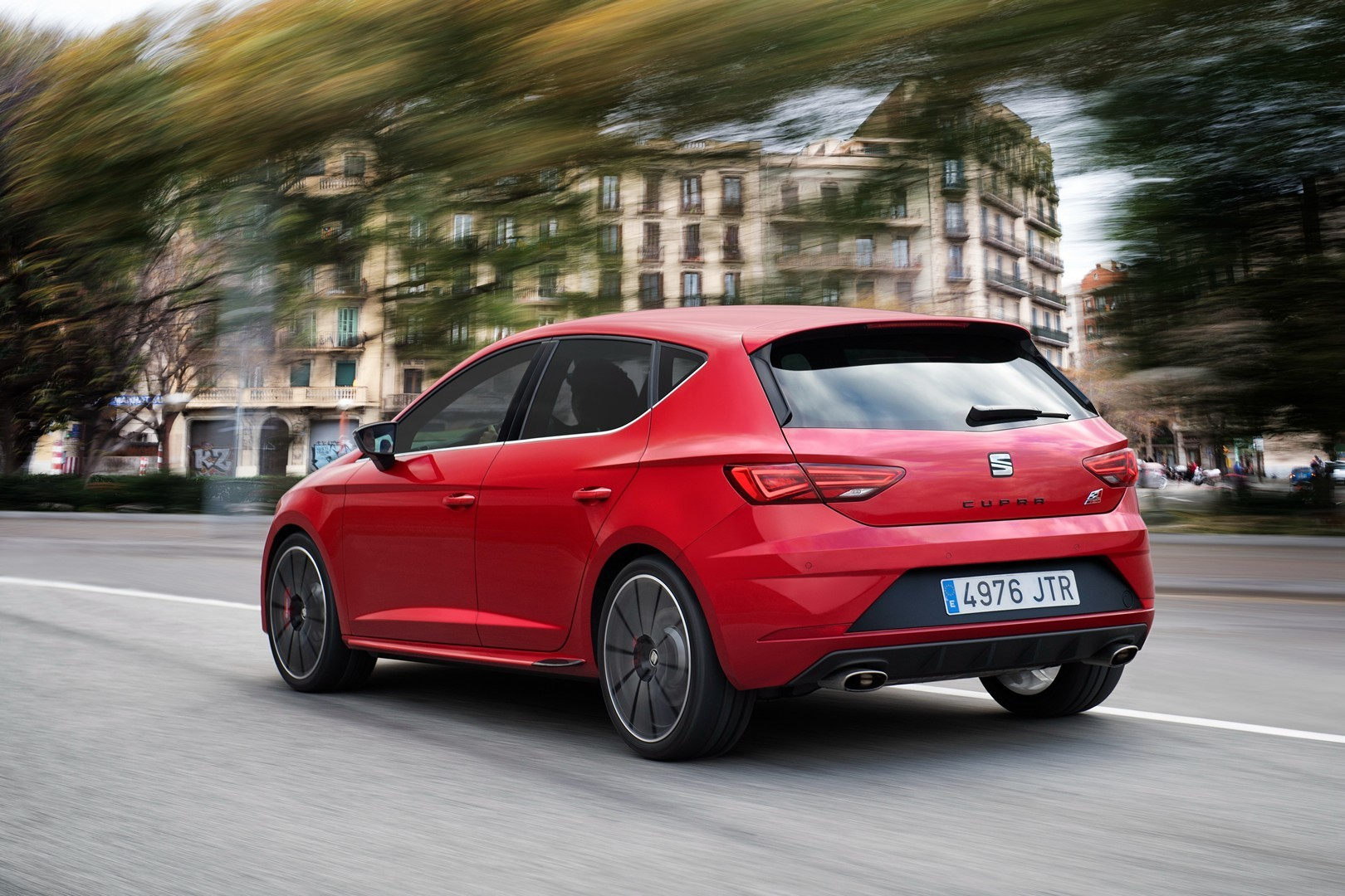 all new seat leon coming by 2020 electric cupra model under development autoevolution. Black Bedroom Furniture Sets. Home Design Ideas
