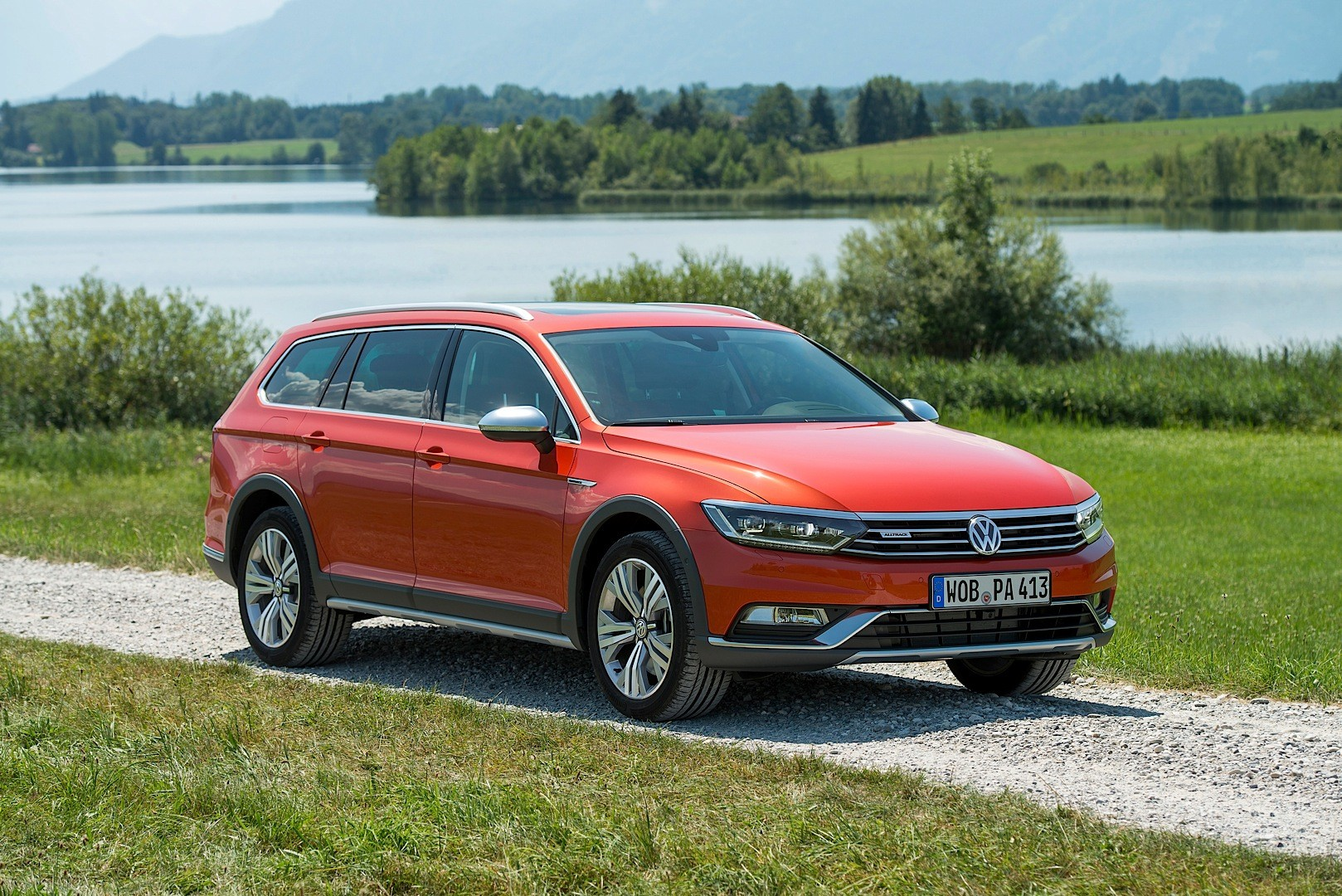 All-New Volkswagen Passat Alltrack Launched with 4 Engines ...