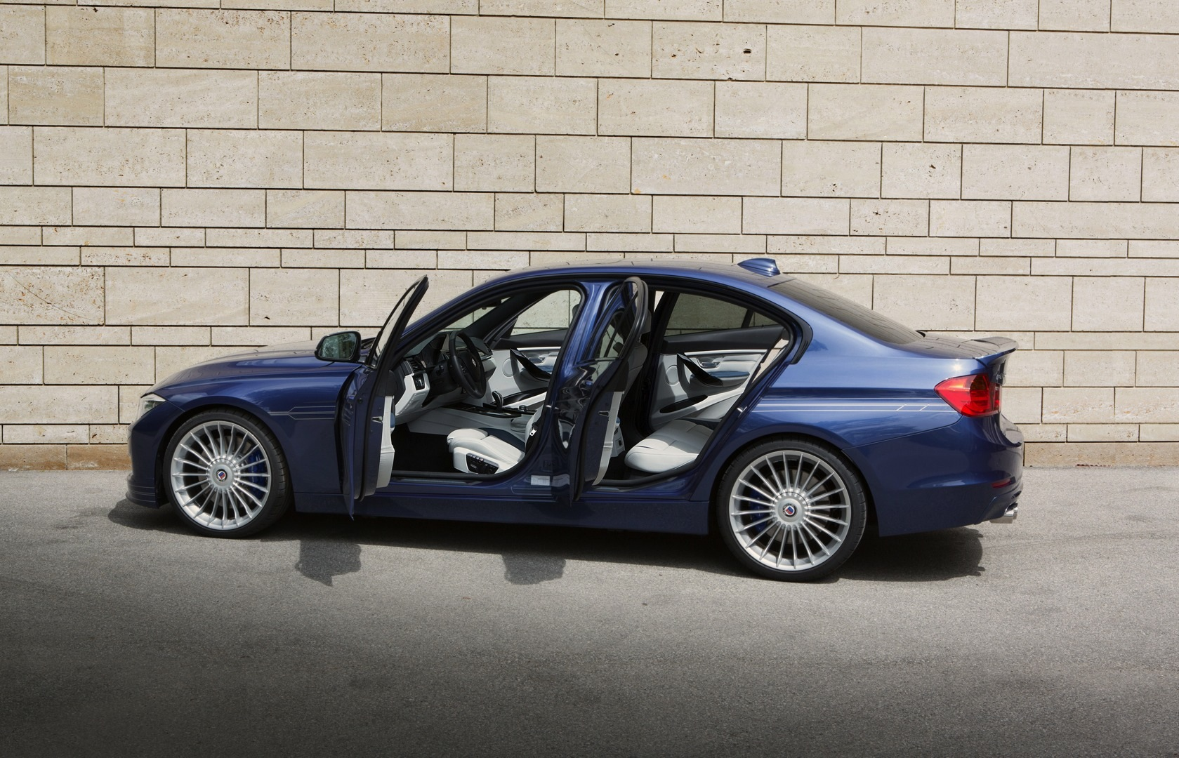 alpina d3 biturbo is the world 39 s fastest diesel production car autoevolution. Black Bedroom Furniture Sets. Home Design Ideas