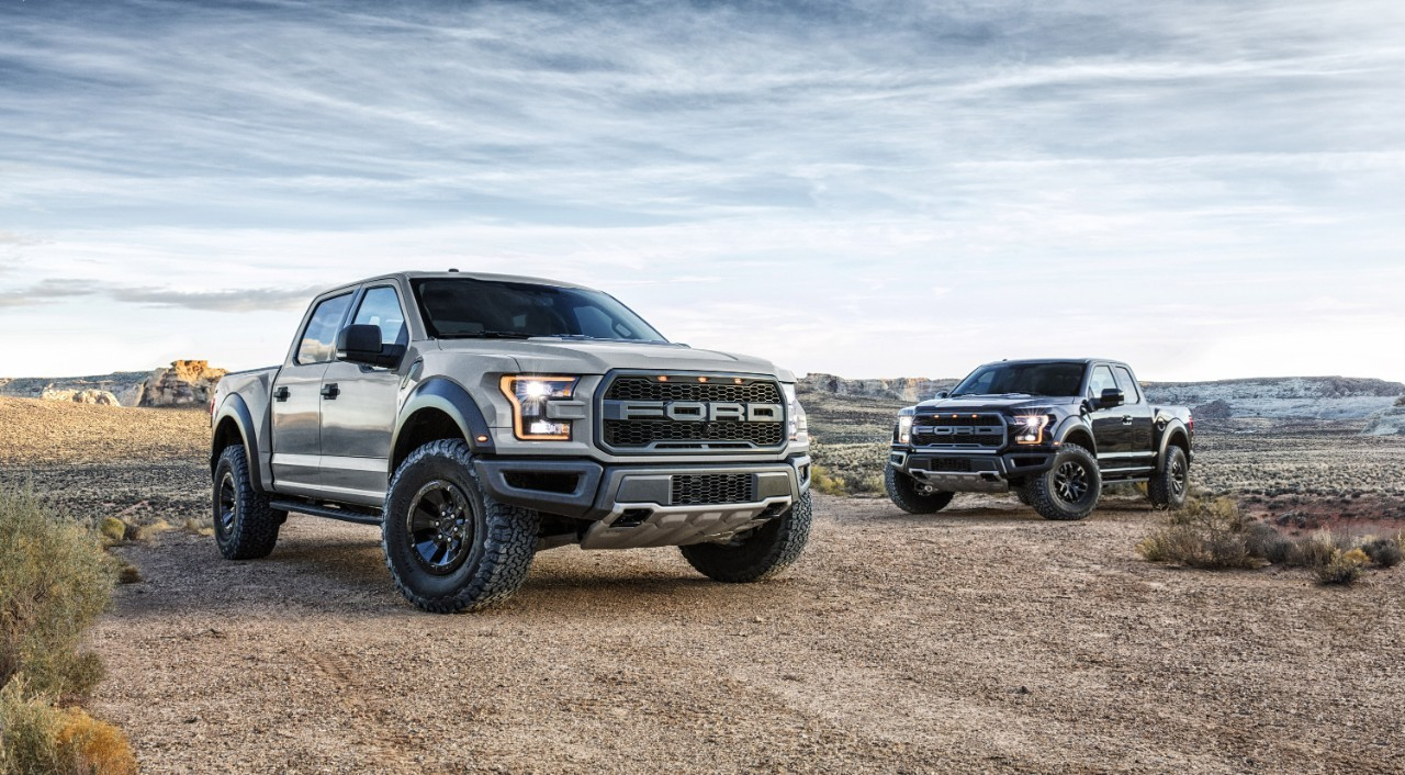 the 2017 ford f 150 raptor gets supercrew version at naias autoevolution. Black Bedroom Furniture Sets. Home Design Ideas