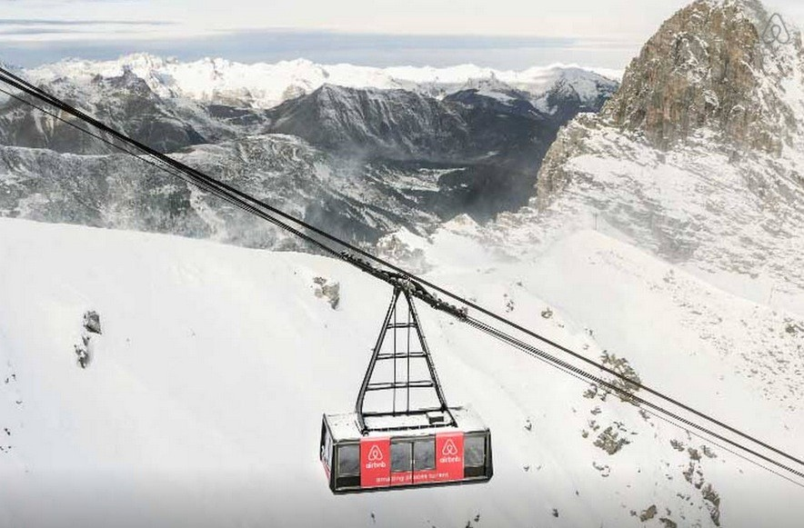 Win A Night In A Cable Car Luxury Hotel Suspended Over The