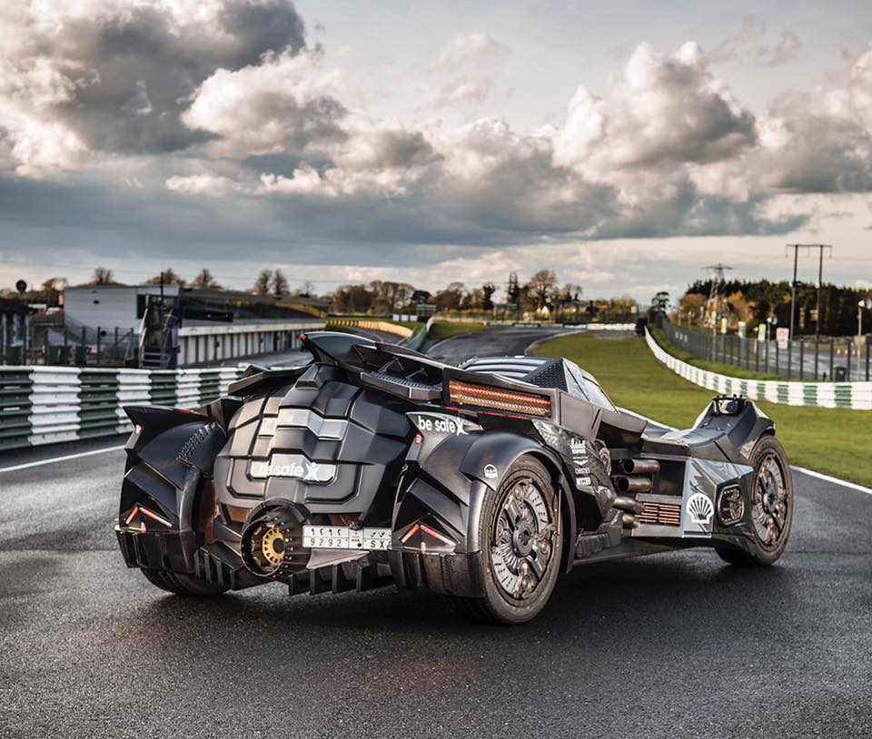 Arkham Knight Batmobile with Lambo V10 Races at 2016 ...
