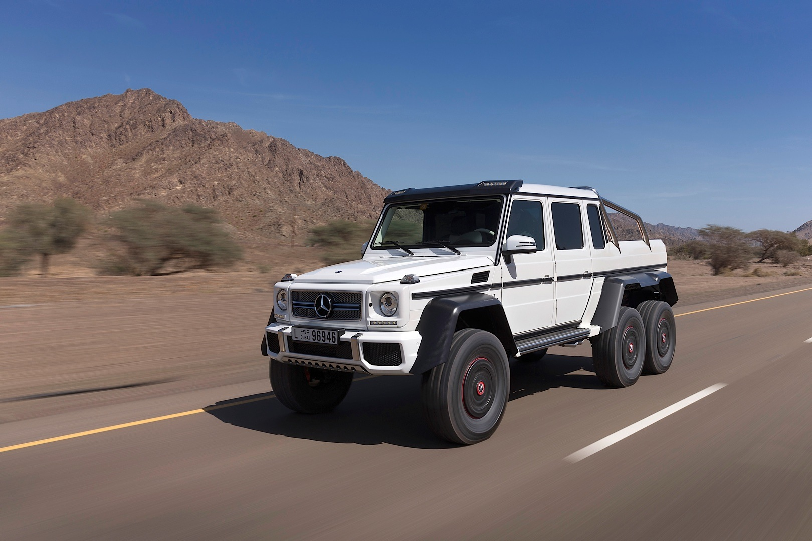 Armor Plated G 63 Amg 6x6 Ready For The Zombie Apocalypse Autoevolution