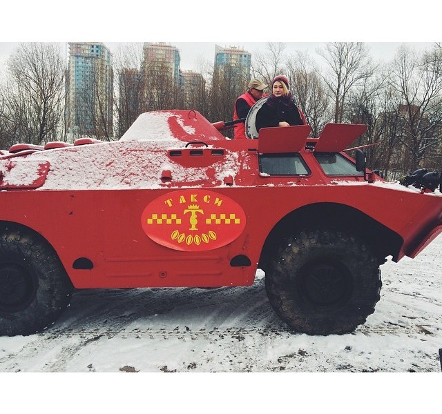 Armored vehicles used as taxis in russian city of st petersburg autoevolution