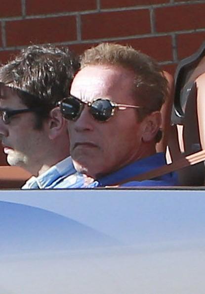 Арнольд Шварценеггер и Bugatti Veyron в Калифорнии