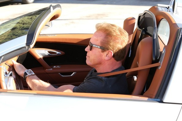 Arnold Schwarzenegger Seen Driving His Bugatti Veyron