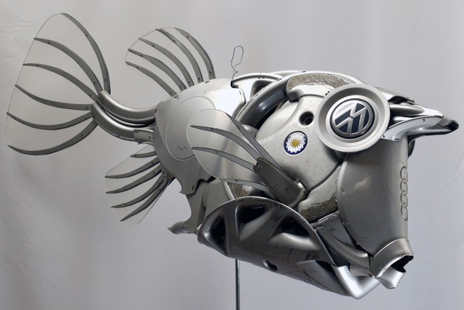 Artist uses hubcaps to create jaw dropping natural forms