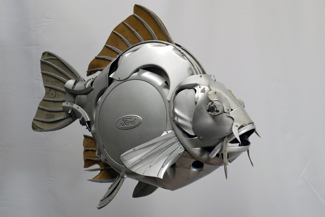 Artist Uses Hubcaps to Create Jaw-Dropping Natural Forms ...