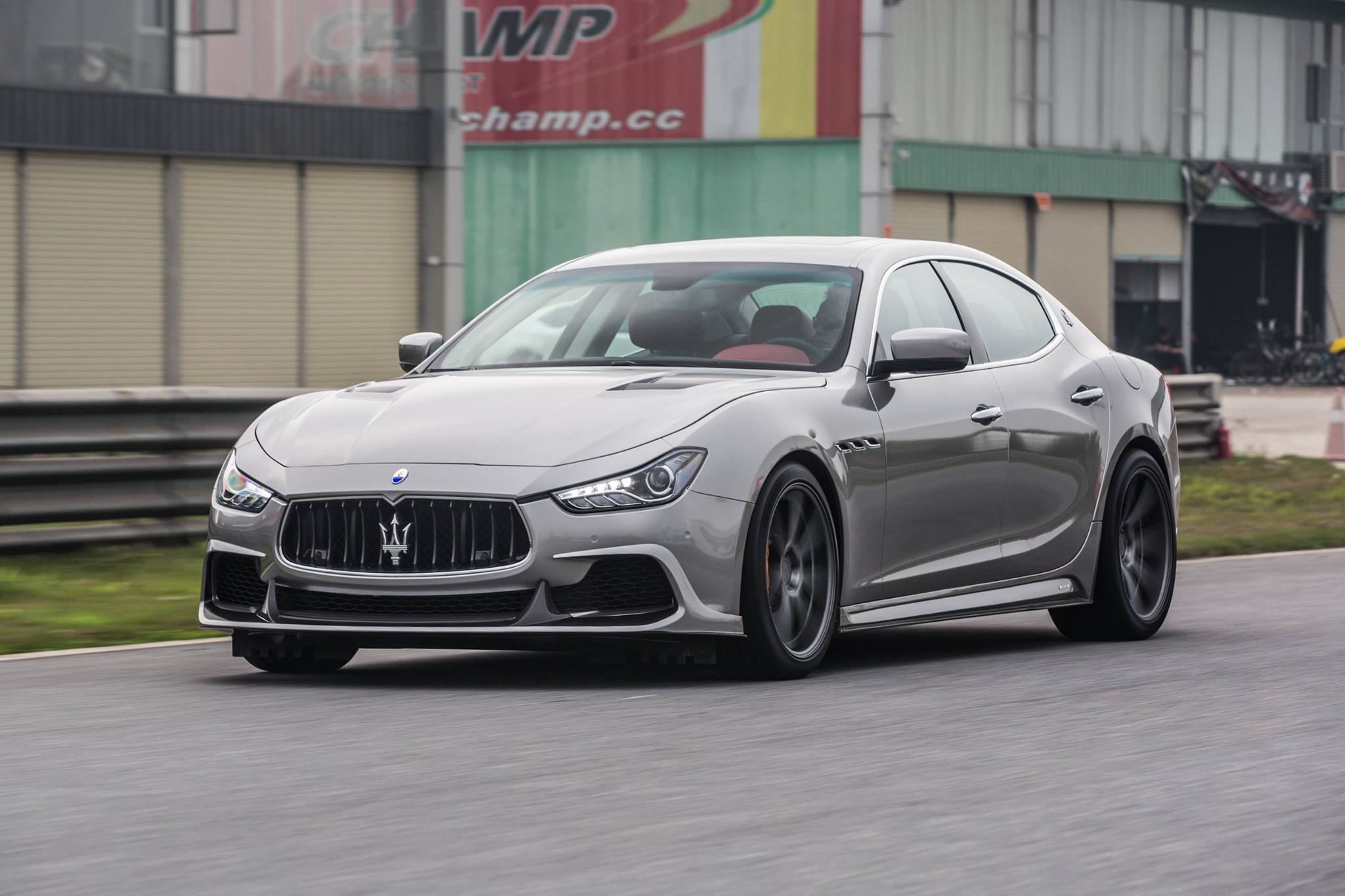 Aspec Maserati Ghibli Carbon Fiber Kit From China Packs