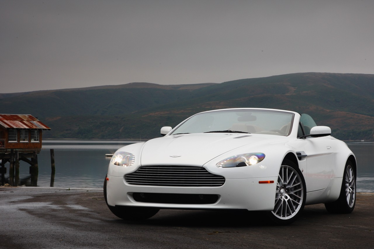 aston martin v8 vantage sport pack autoevolution. Black Bedroom Furniture Sets. Home Design Ideas