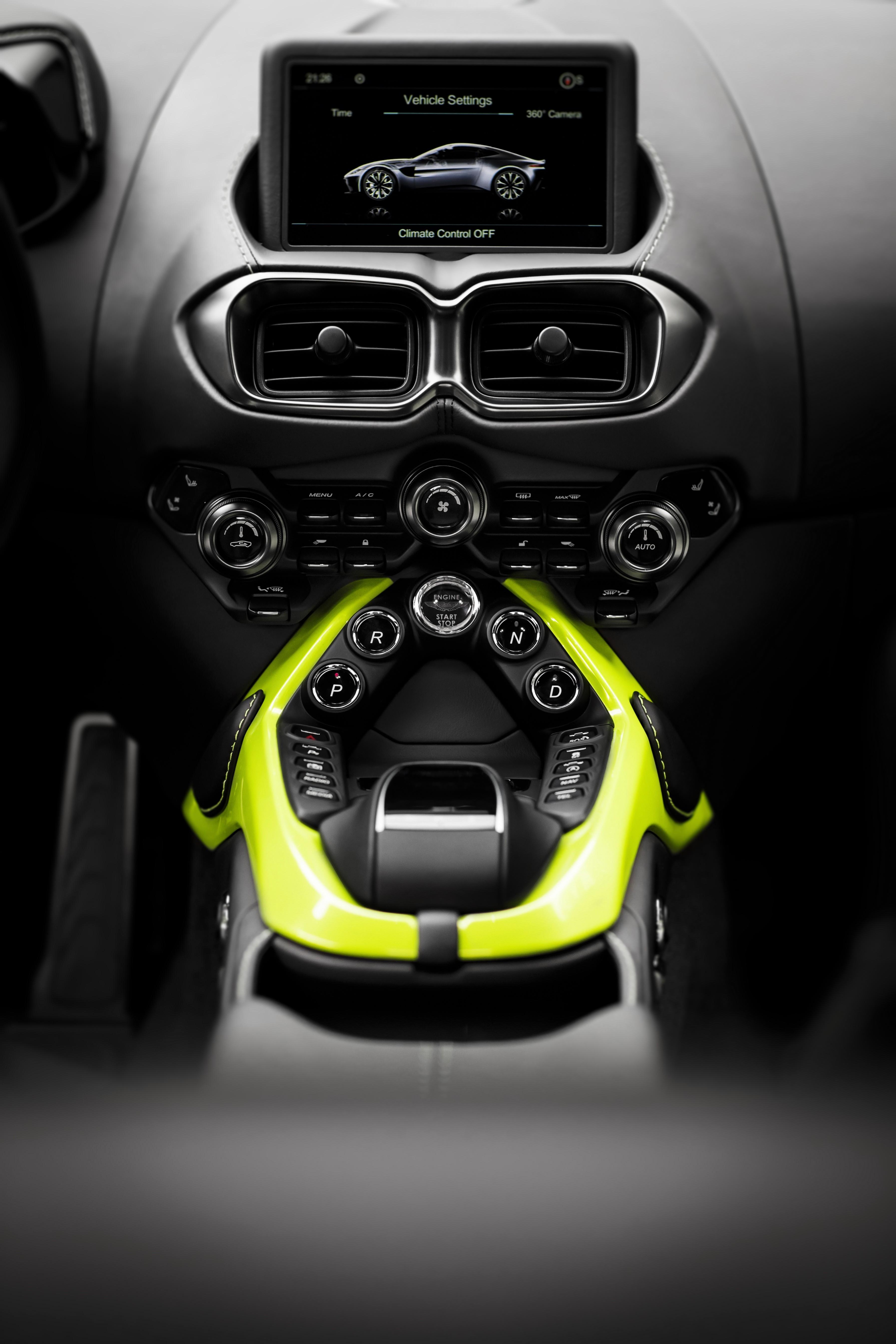 21 Century Auto >> Aston Martin V8 Vantage With Manual Transmission Coming In 2019 - autoevolution