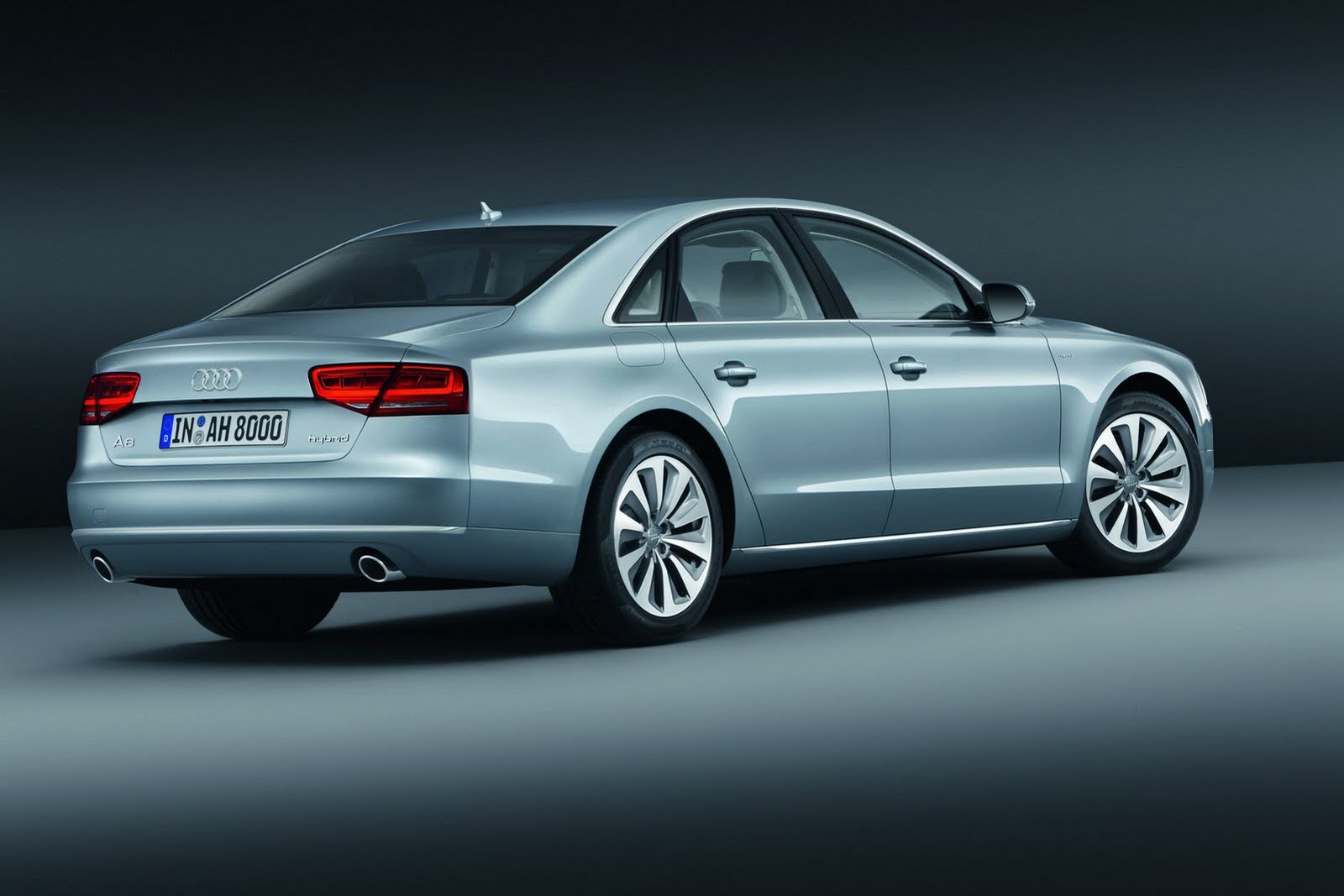 audi a8 hybrid unveiled before frankfurt debut autoevolution. Black Bedroom Furniture Sets. Home Design Ideas