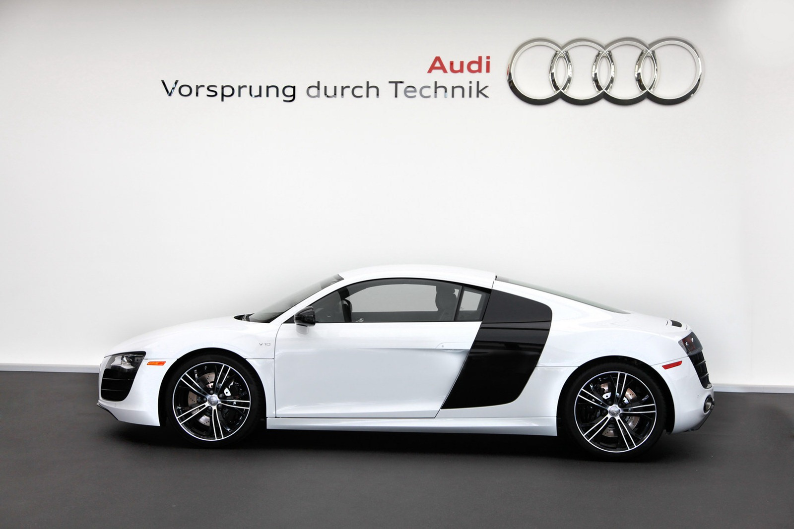 Audi Launches 2012 R8 Exclusive Selection Editions in US ...