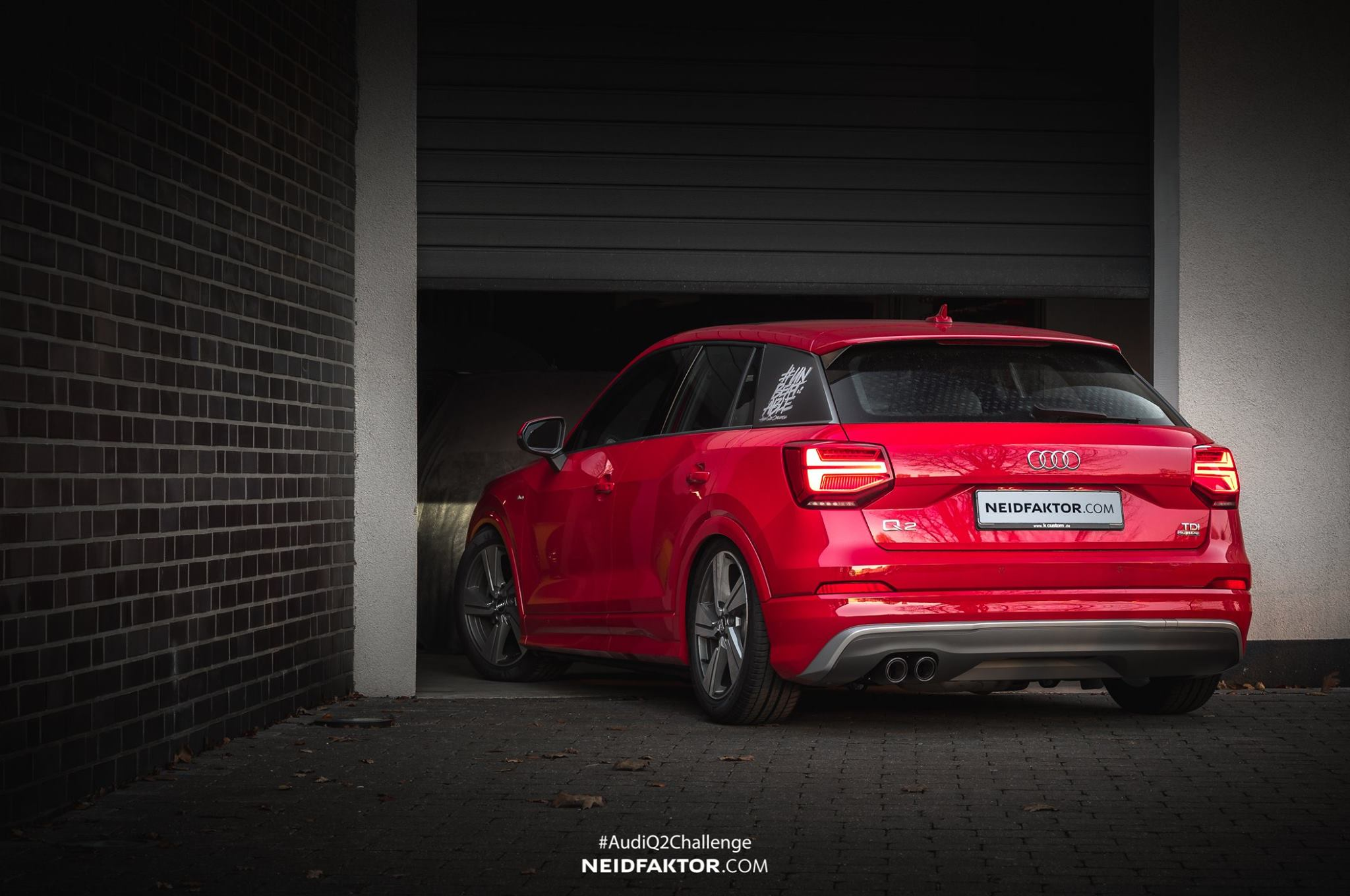 audi q2 gets lowered on custom wheels looks like a hatch autoevolution. Black Bedroom Furniture Sets. Home Design Ideas