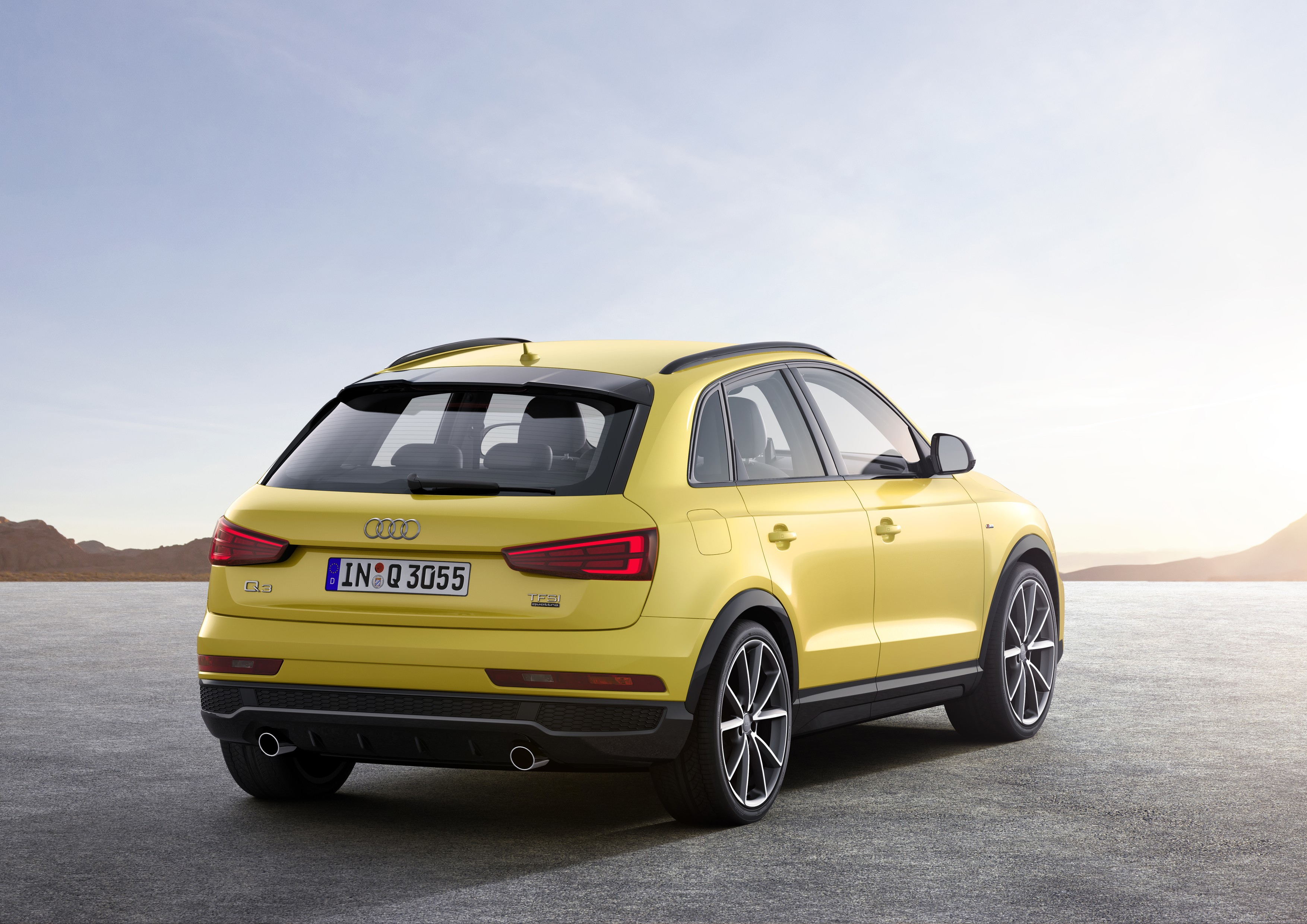 audi q3 updated once again looks great in s line. Black Bedroom Furniture Sets. Home Design Ideas