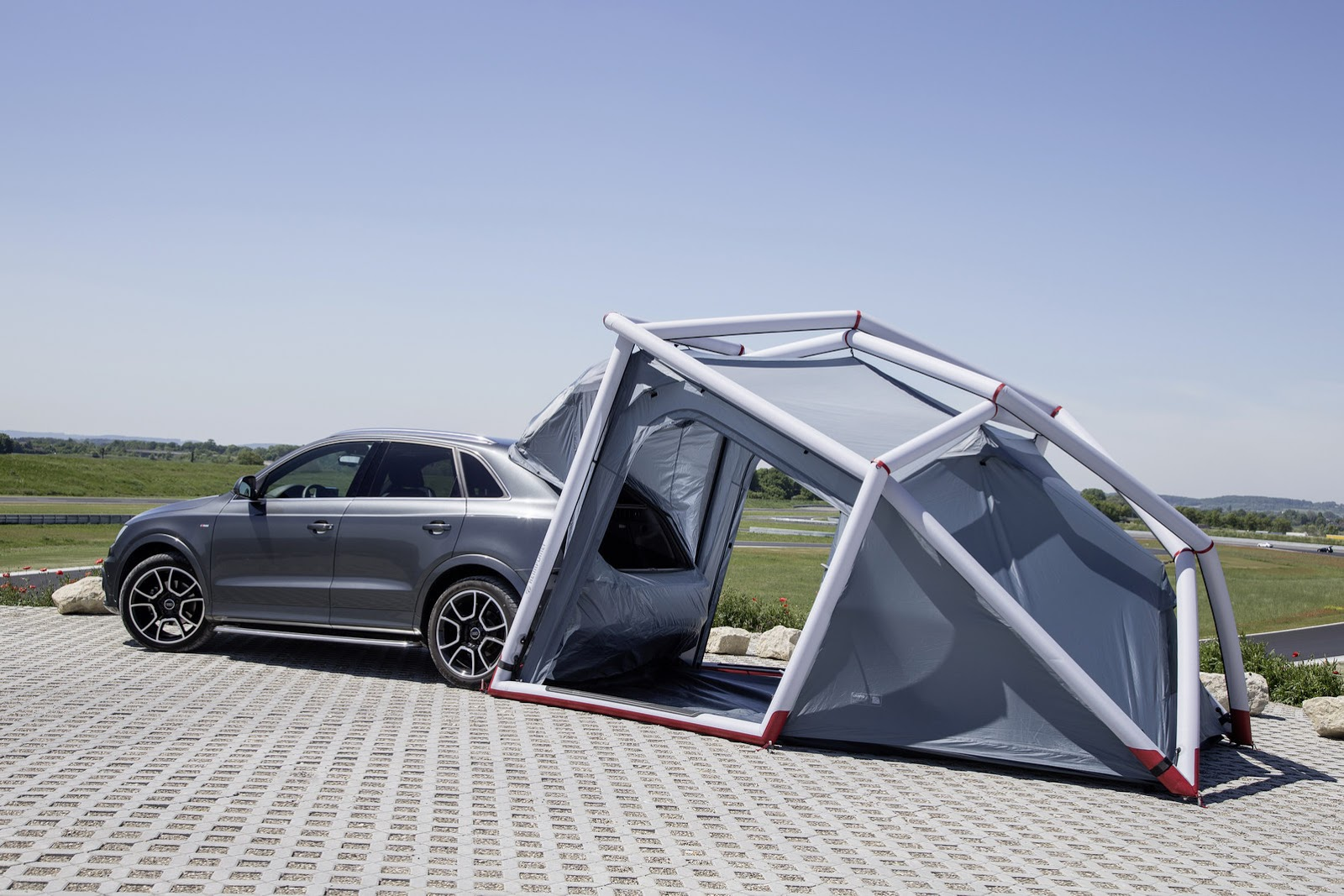 ... Audi Q3 C&ing Tent ... & Audi Q3 Shows Its Outdoorsy Side with Camping Tent at Worthersee ...
