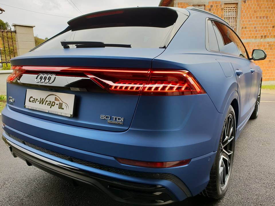 Audi Q8 Gets Wrapped in Matte Metallic Blue - autoevolution