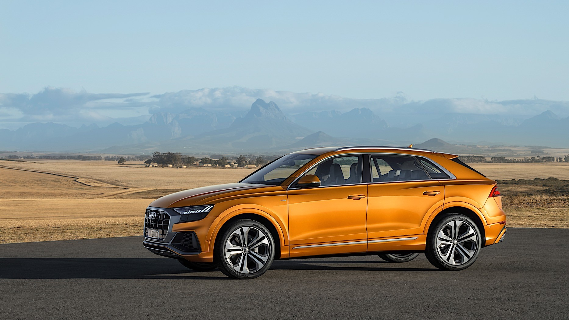 Audi Q8 Is Sporty and Imposing, Says First Review - autoevolution