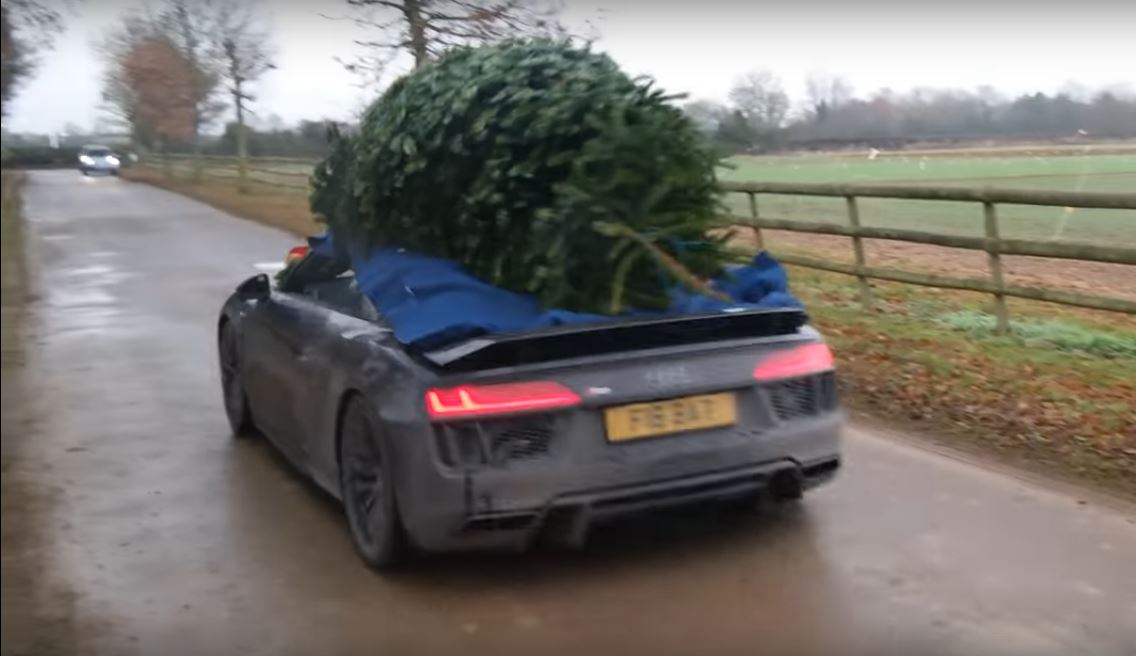 One Owner Car Guy >> Audi R8 Couple Goes Christmas Tree Shopping in Their 2016 R8 V10 Plus - autoevolution